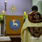 Adoração na Paróquia Frei Galvão